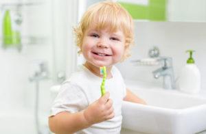 Оральные миазы: из-за чего появляются во рту у человека, лечение